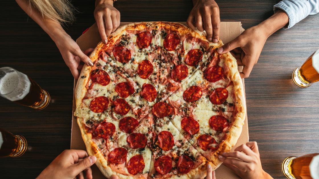 pizza delivery in Sherman Oaks